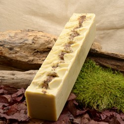 savon naturel en vrac parfumé à la cardamome et encens d'oliban : obialice -savonnerie artisanale Lozère